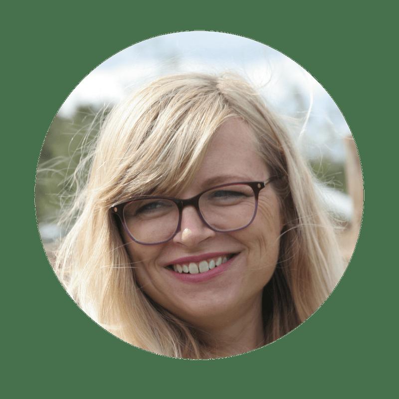 Jenni Donno director of 1 Accounts